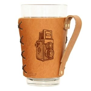 Pint Holder with Handle: Twin Lens Camera