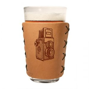 Pint Holder: Twin Lens Camera