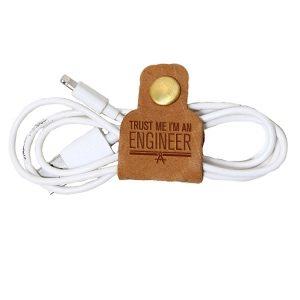 Tech Snap #C (Set of 2): Trust Me ... Engineer